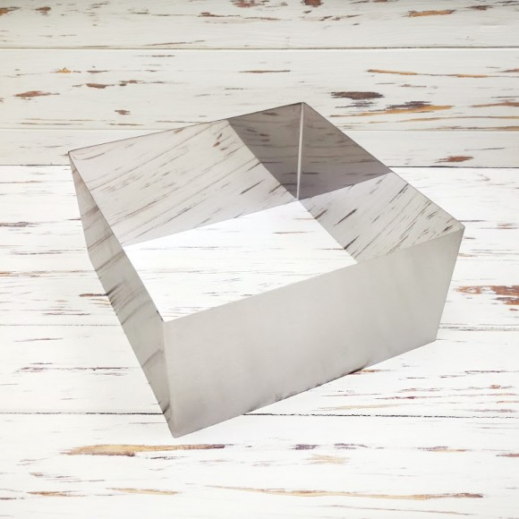 Форма для торта Квадрат 22х22см высота 10см металл.Купить в Киеве,Харькове и Украине по лучшей цене в интернет магазине Тортодел