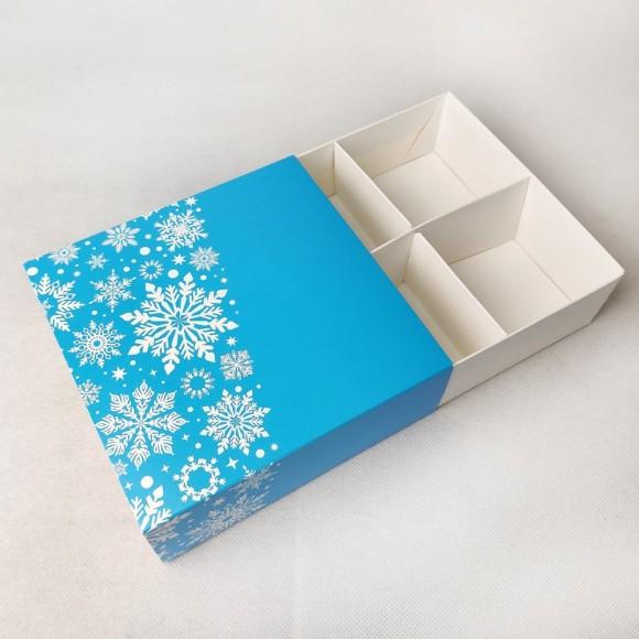 Универсальна коробка Новогодняя синяя 160х160х55 мм для печенья, зефира, конфет, макаронсов и прочего, тип пенал с ложементом.Купить в Харькове,Киеве по лучшей цене в интернет- магазине Тортодел