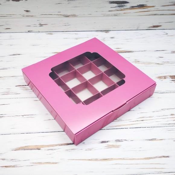 Коробка для конфет 185х185х30 на 16 штук с окном пыльная роза.Купить в Харькове,Киеве по лучшей цене в интернет- магазине Тортодел