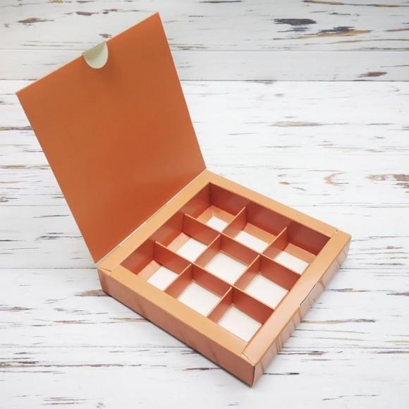 Коробка для конфет 153х153х30 на 9 штук Кофе.Купить в Харькове,Киеве по лучшей цене в интернет- магазине Тортодел