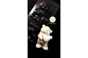 Молд пластиковый 3 D Мишка с сердцем