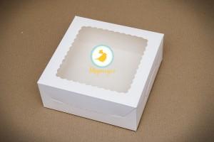 Коробка для торта 250х250х110 с окошком мелованный картон