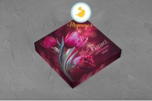 Коробка для конфет 185х185х42 на 16 штук Весенняя красная