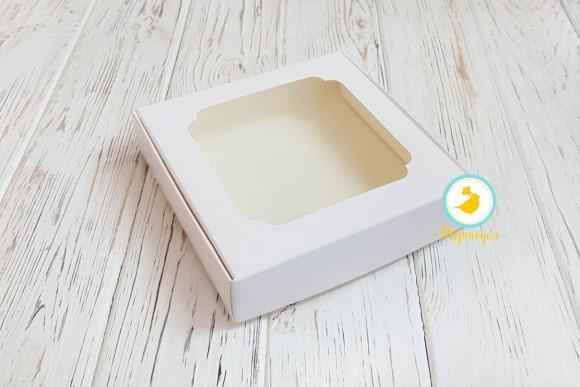 Коробка для сладостей с окошком 150х150х30 мм мелованный картон.Купить в Харькове,Киеве по лучшей цене в интернет магазине Тортодел
