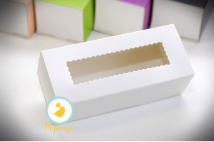 Коробка для макаронс белая 151х49х59 мм