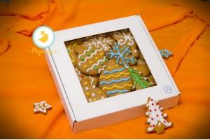 Коробка для печенья,пряников с окошком 200х200х30 мм