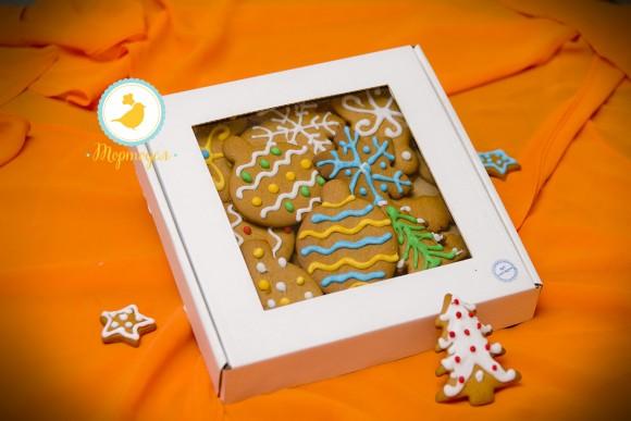 Коробка для печенья,пряников с окошком 200х200х30 мм .Купить в Харькове,Киеве по лучшей цене в интернет- магазине Тортодел