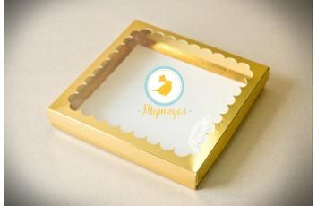 """Коробка для печенья,пряников с окошком 210х210х30 мм Золото """"крышка-дно"""""""