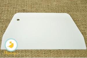Шпатель кондитерский  пластиковый трапеция малый №2