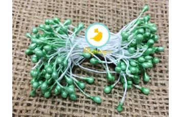 Тычинка двусторонняя на нитке (нежно-зеленая)